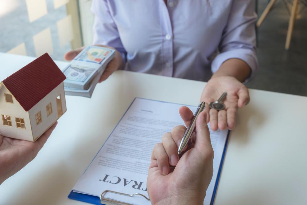 Les obligations du vendeur en immobilier